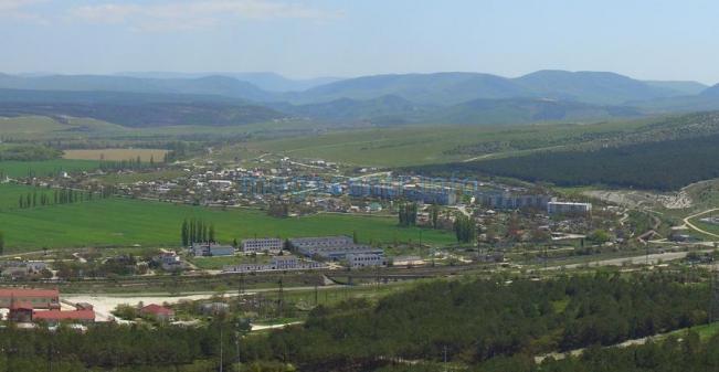 Вид с. Штурмовое с Сапун-горы.
